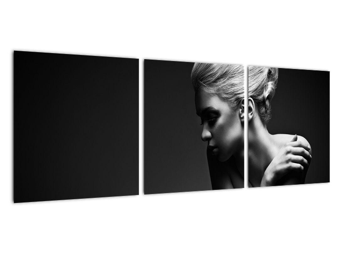 Čiernobiely obraz ženy