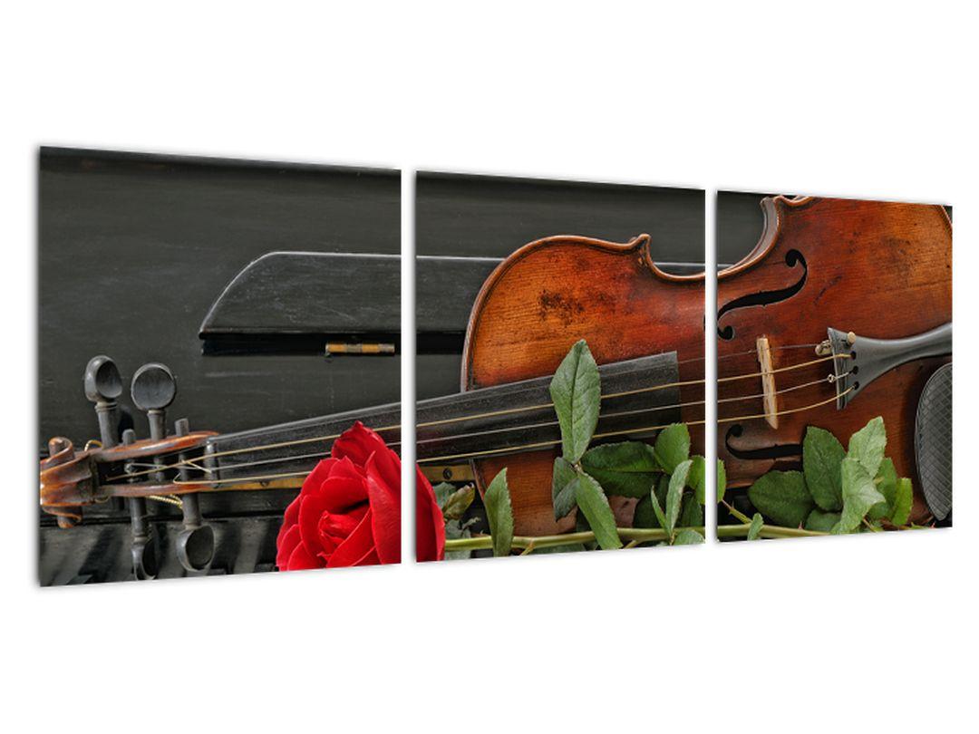 Obraz husle a ruže na klavíri