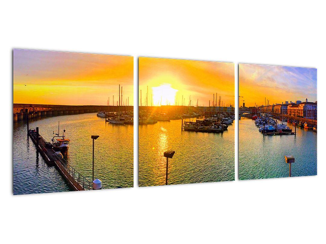 Obraz prístavu pri zapadajúcom slnku