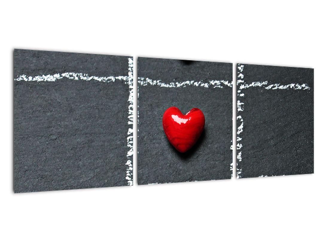 Šachovnica s červenými srdci